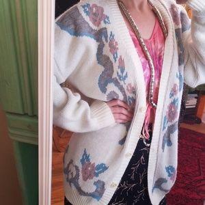VTG Oversized Amazing Comfy Sweater!